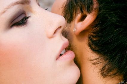 סיפורי אקסים שלעולם לא תספרי לבן-זוג שלך